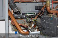 Dettaglio delle ciondizioni delle tubazioni allo smontaggio della pompa della caldaia