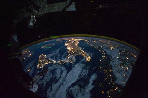 italia_dallo_spazio_500px.jpg